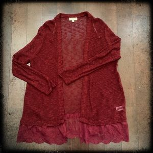 🌺Umgee Cardigan in Burgandy size is XL🌺